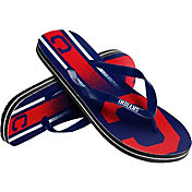 Forever Collectibles Youth Cleveland Indians Big Logo Flip Flops