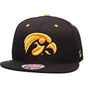 Zephyr Men's Iowa Hawkeyes Z11 Black Snapback Hat