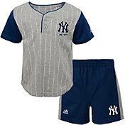 Majestic Toddler New York Yankees Batter Up Shorts & Top Set