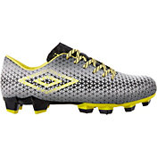 Umbro Men's Club 4.0 Soccer Cleats
