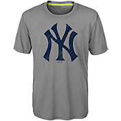 Majestic Youth New York Yankees Reigning Champs T-Shirt